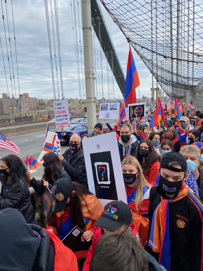This is a Photo of a protest for Artsakh that took place on the George Washington Bridge in New York.