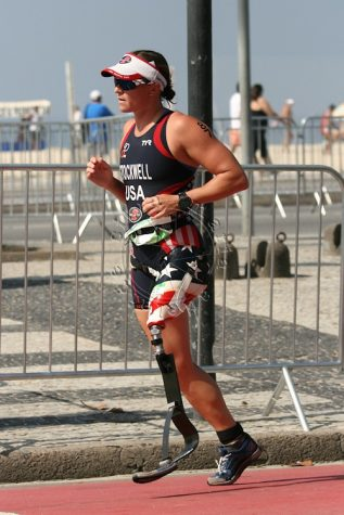 Melissa Stockwell (USA) at the 2015 Rio de Janeiro ITU World Paratriathlon Event at Copacabana Beach.