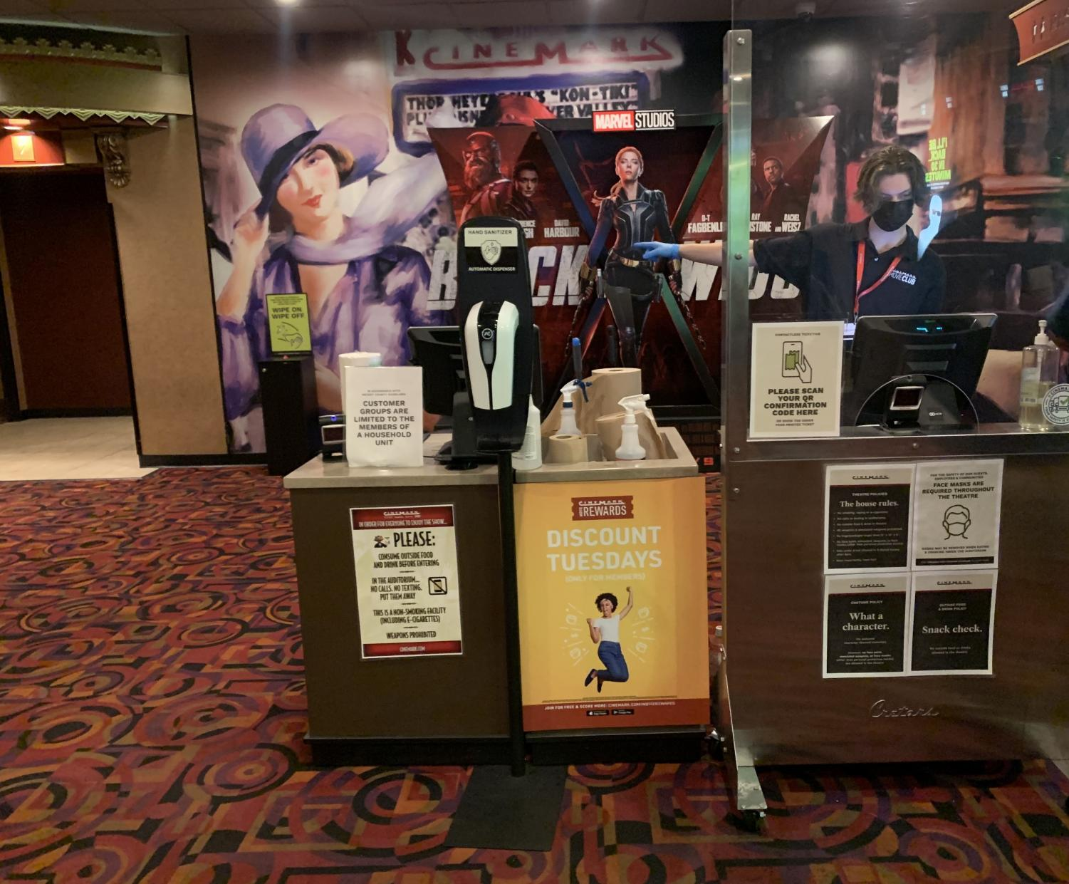 Movies+Theaters%3A+Worth+It+or+No%3F
