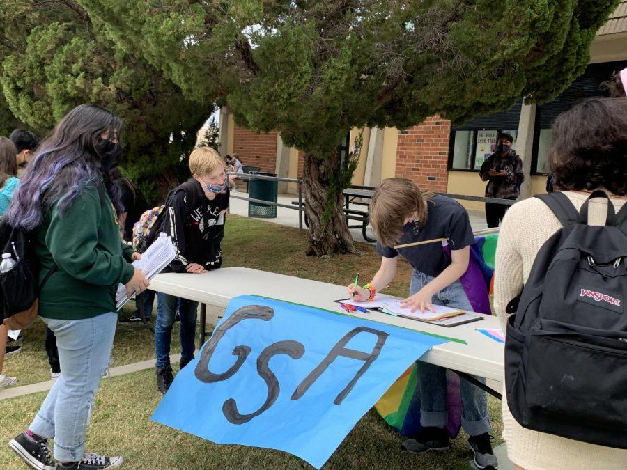 GSA grows in popularity as students gather around their president Angel Reyonlds.
