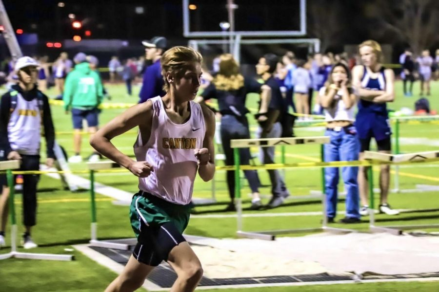 Senior Jacob Brown running through the competition.